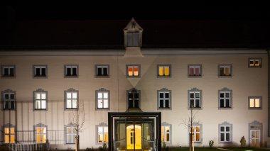 bilder videos kloster holzen kloster holzen. Black Bedroom Furniture Sets. Home Design Ideas